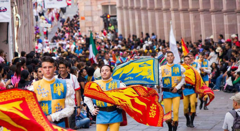 festival-zacatecas-folclor-internacional-sustentur